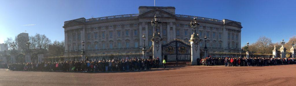 Buckingham Palace Relève de la garde Londres blog voyage les p'tits touristes