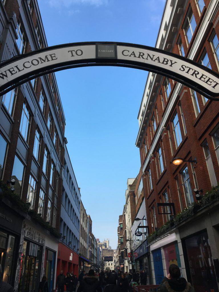 Carnaby Street London Londres blog voyage les p'tits touristes