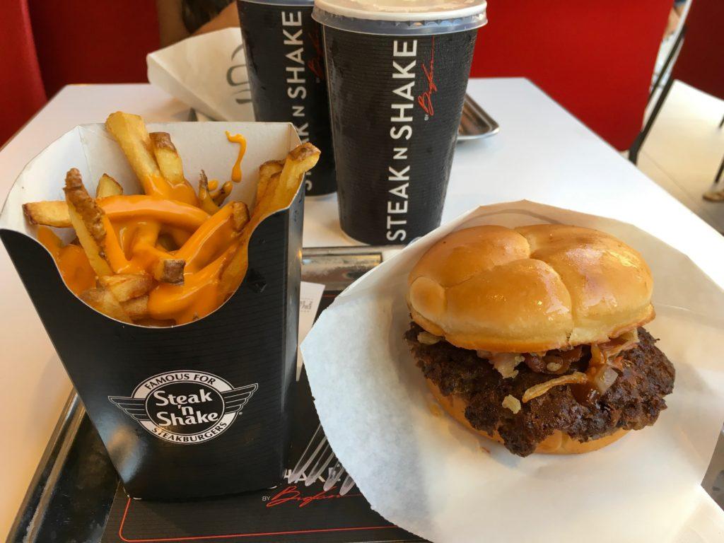 cannes-steak-n-shake-ou-manger-sur-la-cote-d-azur-cannes-blog-voyage-les-ptits-touristes