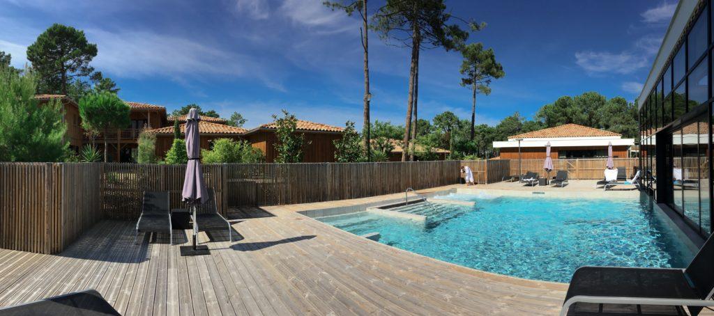 domaine-du-ferret-balneo-spa-week-end-detente-au-domaine-du-ferret-cabanon-du-pinasse-piscine-lodge-domaine-du-ferret-claouey-piscine-exterieure-les-ptits-touristes-blog-voyage