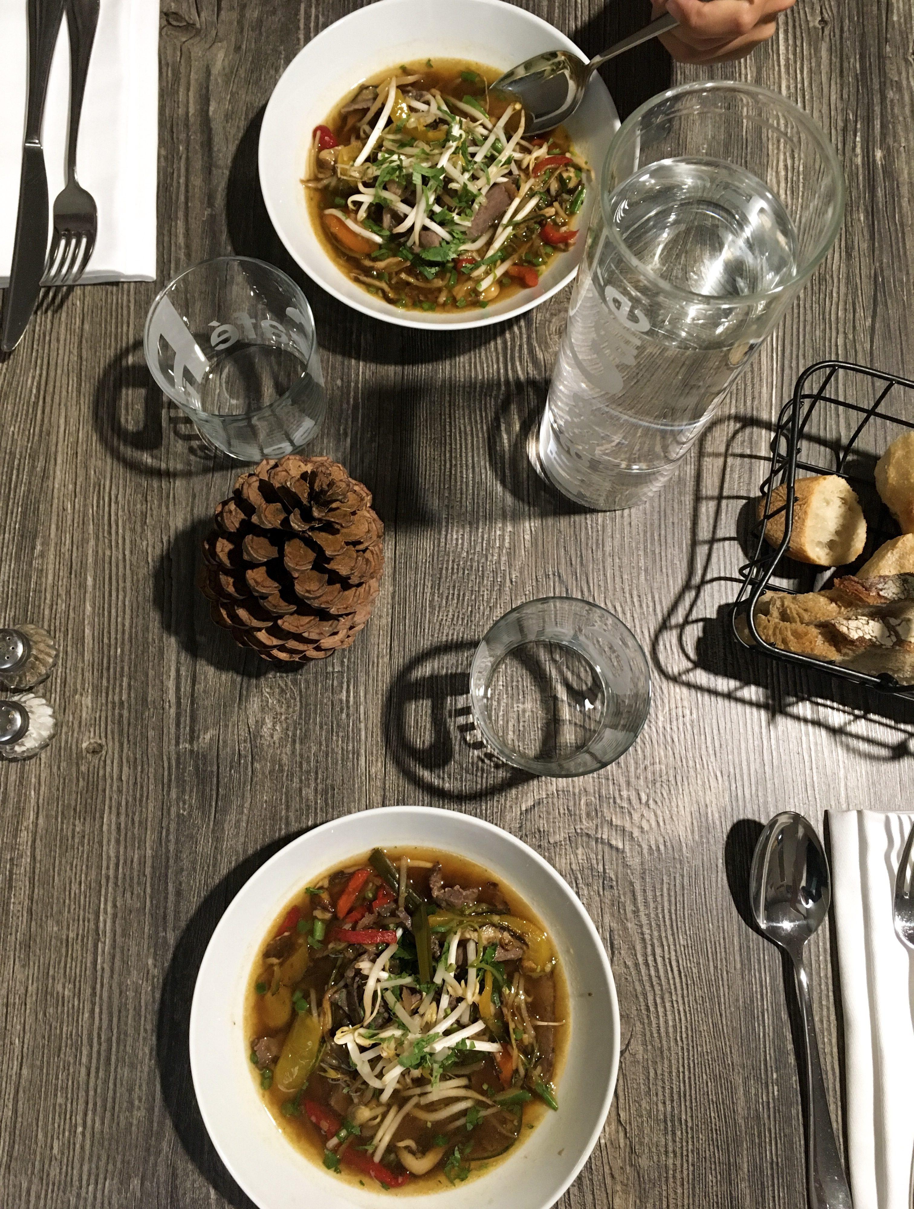 domaine-du-ferret-balneo-spa-week-end-detente-au-domaine-du-ferret-cabanon-du-pinasse-repas-diner-entree-chef-restaurant-lodge-domaine-du-ferret-claouey-les-ptits-touristes-blog-voyage