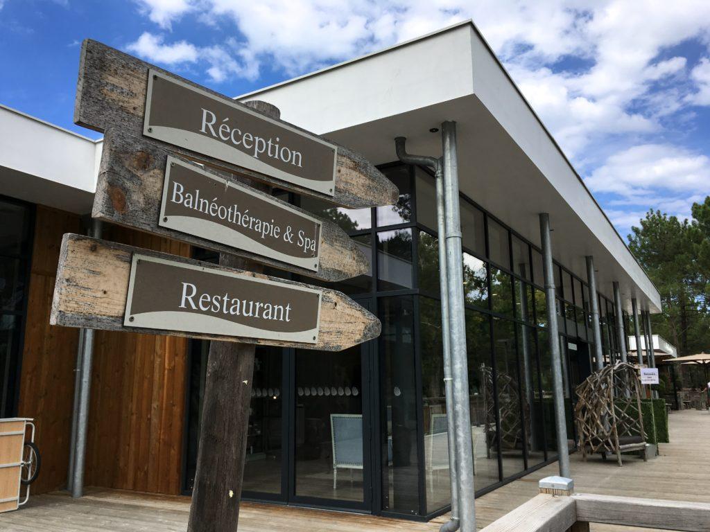 domaine-du-ferret-balneo-spa-week-end-detente-au-domaine-du-ferret-village-logement-restaurant-accueil-parking-cabanon-du-pinasse-domaine-du-ferret-claouey-les-ptits-touristes-blog-voyage