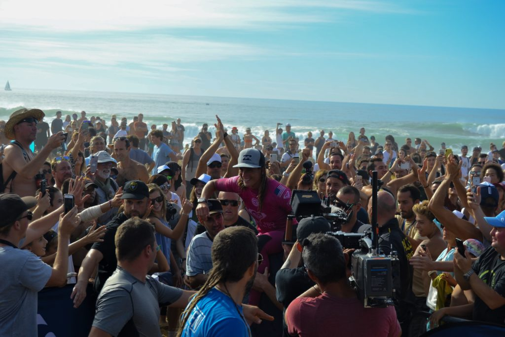 quiksilver-pro-france-roxy-pro-france-surf-quik-pro-roxy-pro-hossegor-culs-nuls-landes-wsl-vagues-courtney-conlogue-world-surf-league-les-ptits-touristes-blog-voyage