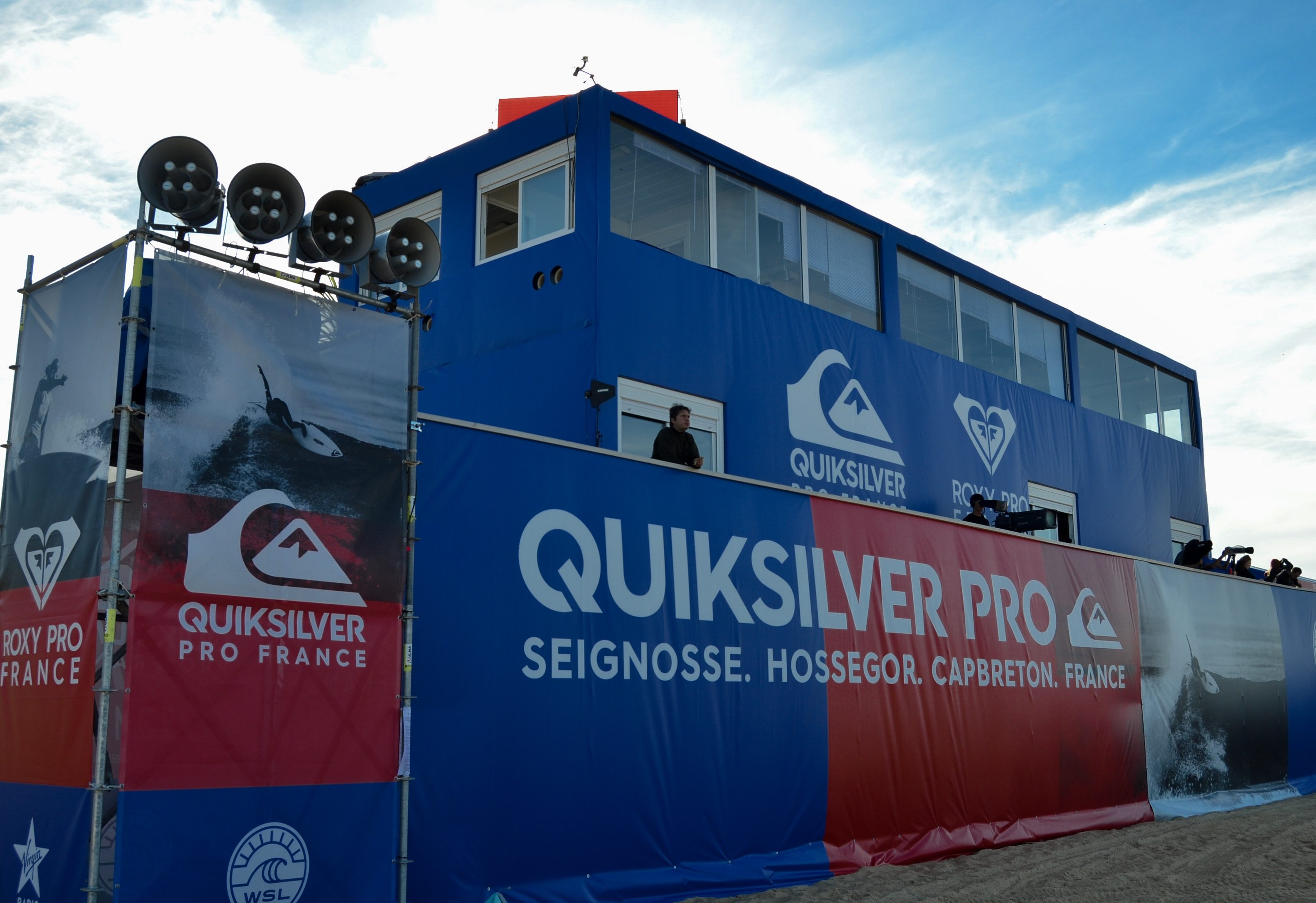 quiksilver-pro-france-roxy-pro-france-surf-quik-pro-roxy-pro-hossegor-culs-nuls-landes-wsl-vagues-presse-medias-world-surf-league-les-ptits-touristes-blog-voyage
