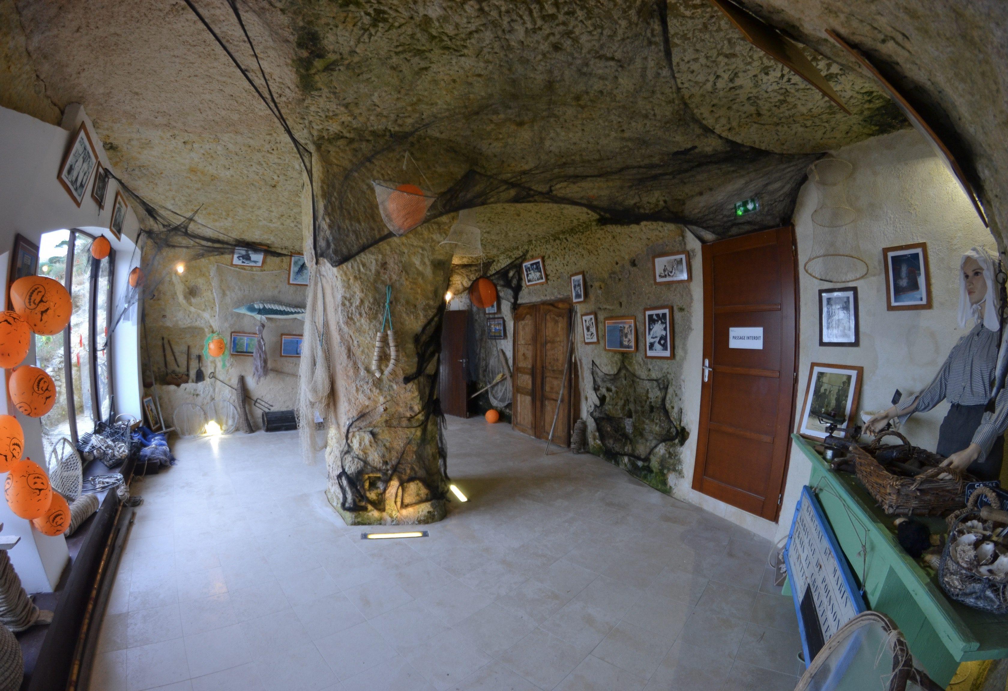 grottes-du-regulus-meschers-sur-gironde-grotte-troglodyte-royan-visite-grottes-decoration-halloween-les-ptits-touristes-blog-voyage