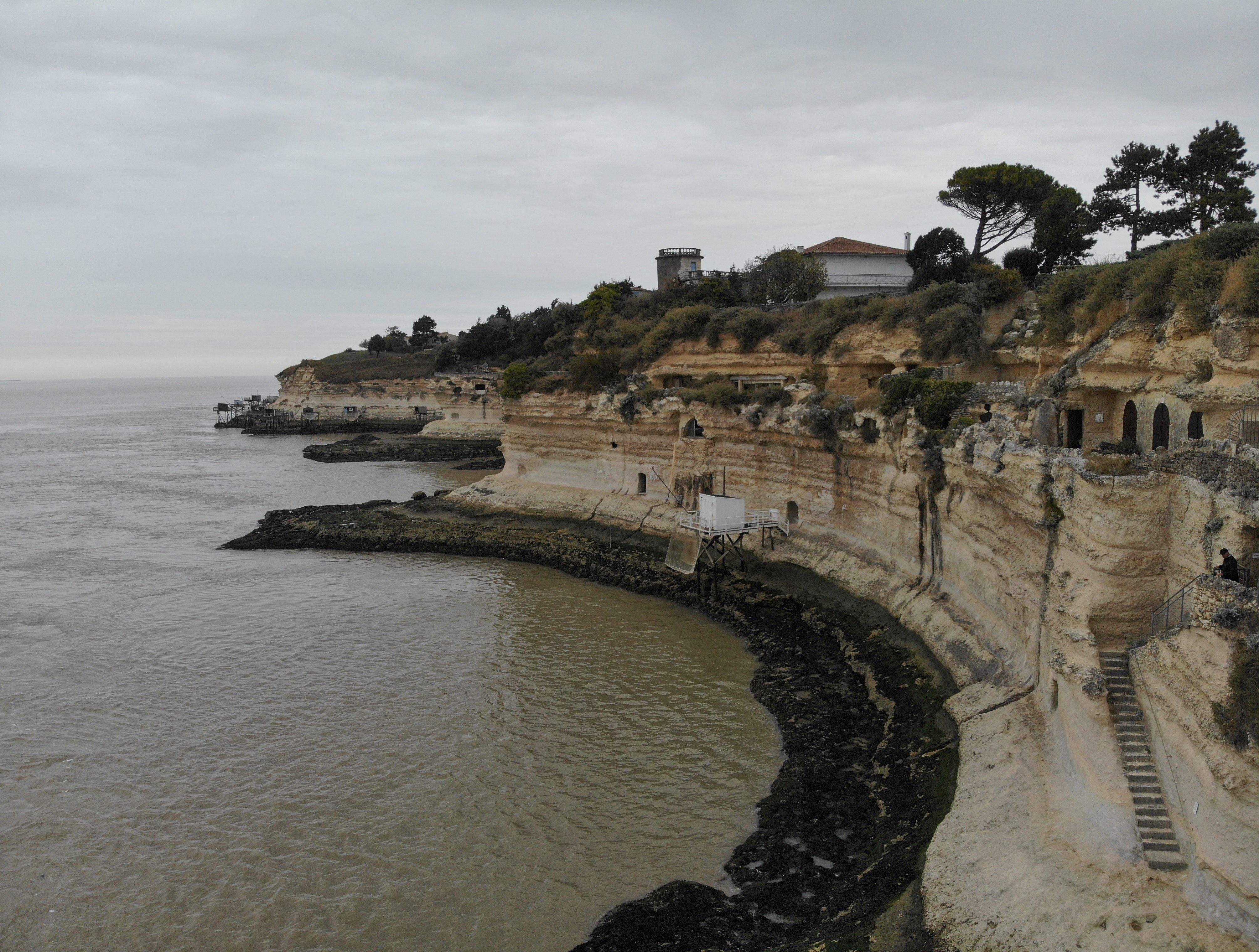 grottes-du-regulus-meschers-sur-gironde-grotte-troglodyte-royan-visite-grottes-falaises-drone-les-ptits-touristes-blog-voyage